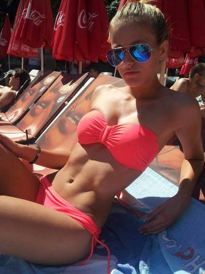 Emelina is looking for adult webcam chat