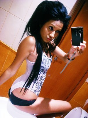 Jalisa from New Haven, Connecticut is interested in nsa sex with a nice, young man