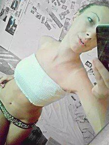 Exie from Idaho is looking for adult webcam chat