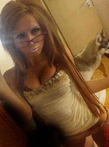 Roxanna from Anatone, Washington is looking for adult webcam chat