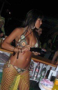 Meet local singles like Geralyn from Hawaii who want to fuck tonight